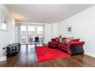 1 bed Flat in Canary Wharf