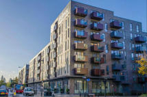 2 bed Flat to rent in Harford Street, Mile End...