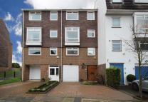 4 bed property in Chiswick Quay, Chiswick