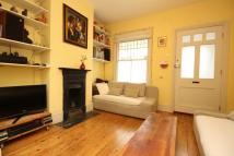 2 bed property in Oldfield Road, Hampton