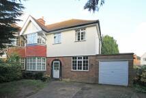 5 bedroom home in Uxbridge Road...