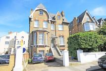 Flat to rent in Kings Road, Richmond
