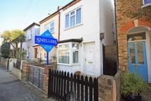 3 bedroom property in Railway Road, Teddington