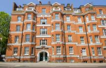 3 bedroom Flat in Fulham Road, Fulham Road