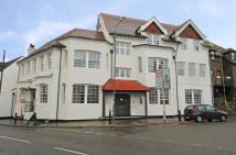 2 bed Flat to rent in High Street, Hampton