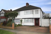 4 bedroom home to rent in Manor Drive North