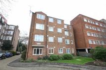 Flat in Isis Close, Putney