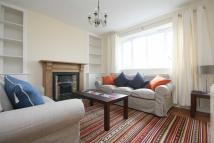 4 bedroom Flat in Wandle Way, Wandsworth