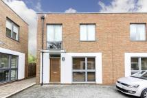 3 bed home in Hutton Mews, Putney