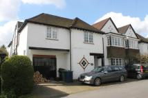 5 bed semi detached house in Acrefield...