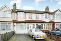 4 bed Flat in Cranborne Avenue...