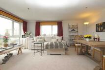 2 bed Flat to rent in Broom Park, Teddington