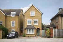 4 bed property in Kingston Road, Teddington