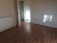 Flat to rent in School Road, Birmingham...