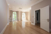 5 bedroom Terraced house to rent in Chilworth Street...