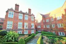 1 bed Ground Flat for sale in The Galleries, Brentwood...