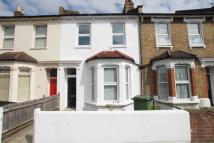 3 bedroom Terraced home to rent in Fairlawn Park, Sydenham