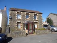 4 bedroom home in Glanllyn Road, Glais...