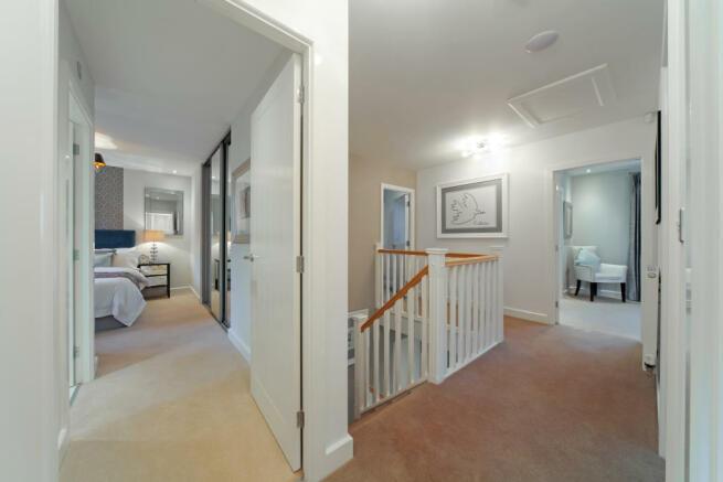 Earlswood_landingbedroom