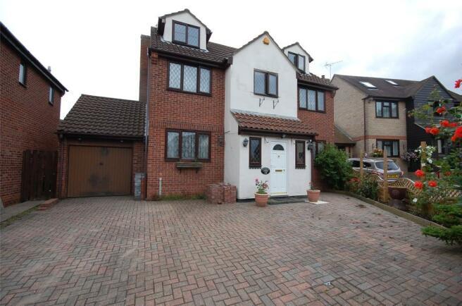 Bedroom Rightmove Property For Sale Woodham Ferrers