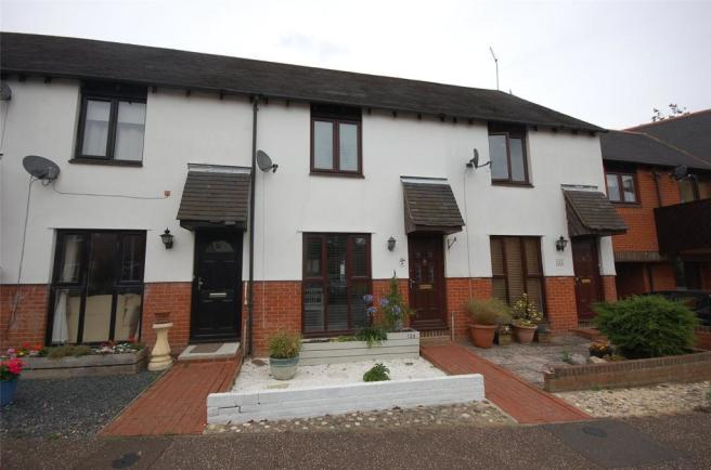 2 Bedroom Terraced House For Sale In Gandalfs Ride South Woodham Ferrers Chelmsford Essex