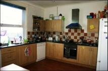 burley lodge road Terraced house to rent