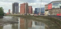 Flat in London City Island...