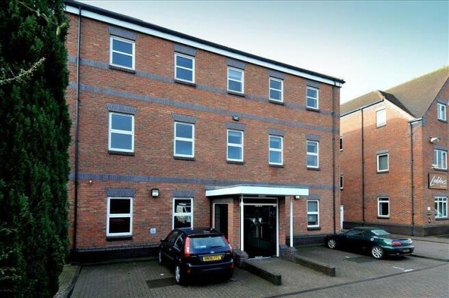 office to rent in 11 elm court arden street stratford upon avon warwickshire cv37 6pa cv37. Black Bedroom Furniture Sets. Home Design Ideas