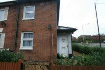 Maisonette to rent in North Station Road...