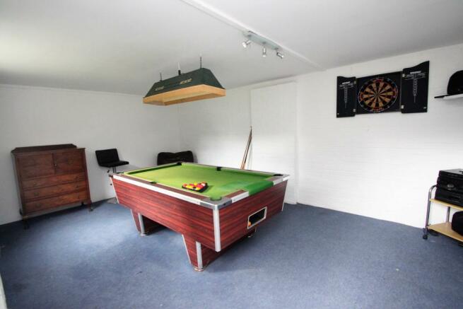 Garage / Games Room
