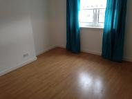 Flat to rent in Crowlin Crescent...