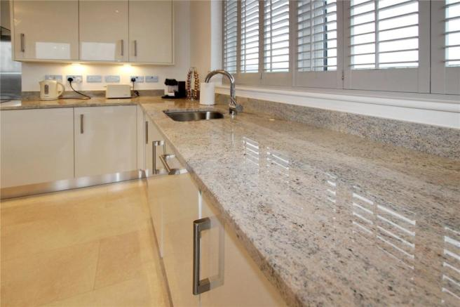 Kitchen/Living Room: