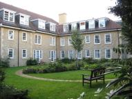 Flat in Holmewood House, Banstead