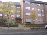 1 bedroom Flat in Azalea Court...