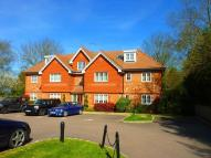 Flat to rent in Highdown Close, Banstead