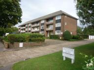 2 bedroom Flat to rent in Lancaster Court, Banstead