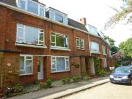 Maisonette to rent in Cheyne Court, Park Road...