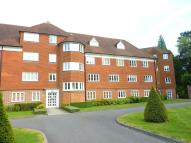 2 bedroom Flat for sale in Elizabeth Drive, Banstead