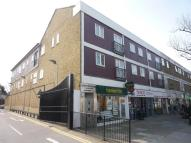 Flat to rent in 98-100 High Street...