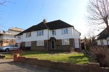 3 bed Maisonette to rent in Shawley Crescent, Epsom