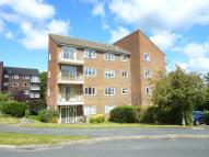 2 bedroom Apartment in Macmillan house...