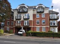 Flat to rent in Hill Lane, Southampton...