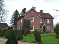 4 bedroom Detached property in Hipley, Hambledon.