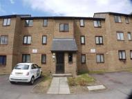 Apartment in Leigh Hunt Drive...