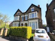 2 bedroom Apartment in Park Avenue, Wood Green