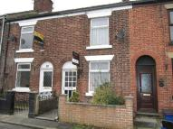 BROADHURST LANE Terraced house to rent