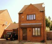 3 bed property to rent in Tredington Grove...