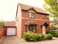 3 bed house to rent in Pickering Drive...