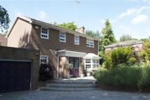 4 bedroom Detached home in Upper Park, Loughton