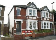 Fairlight Avenue semi detached house to rent